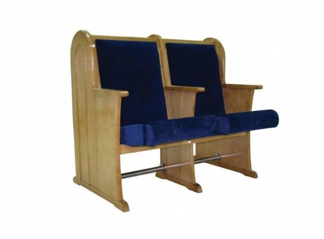 כיסאות לבית כנסת